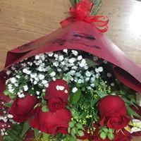 bouquet  de  12  rosas