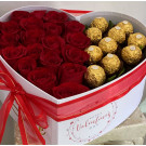 corazón con chocolates