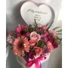 corazón con variedad de flores